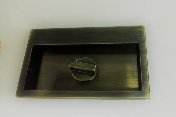 Esempio di manufatto con trattamento galvanico di bronzatura